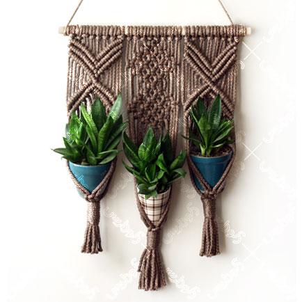 آویز تزیینی گلدان
